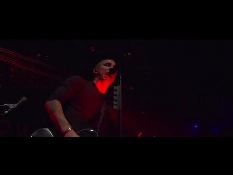 Yellowcard - Crash The Gates (Official Music Video)