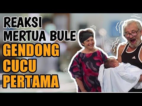 MERTUA BULE GENDONG CUCU PERTAMA #MERTUA DAN ORANG TUA SERUMAH # TELINGA BAYI LAPAD ALLAH VLOG 82