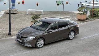 Toyota Camry Hybrid 2019 (EU) - exterior, interior, driving :: [1001cars]