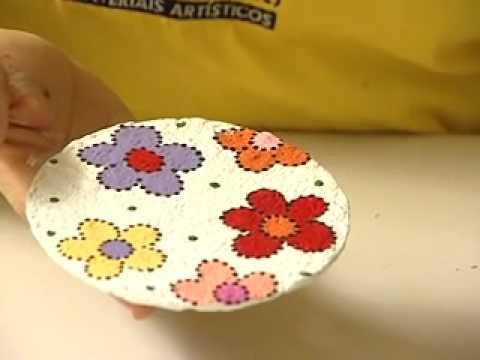 teca-silvestre-pintando-arte-reciclagem-de-cd-com-papel-mach.html