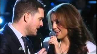 Michael Buble Video - Michael Buble ft Thalia -  Mis Deseos / Feliz Navidad (NBC - A Michael Bublé Christmas)