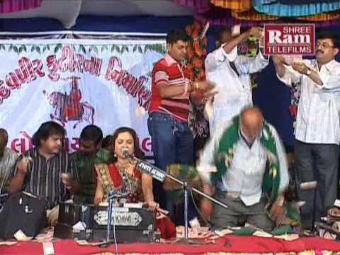 Ramva Aavone Rama |ramdevpir Bhajan |farida Meer video