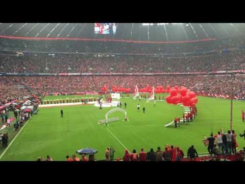 Schalenübergabe FC Bayern 14.5.16 Allianz Arena
