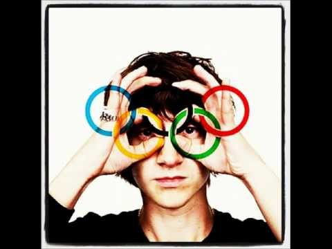 Arctic Monkeys - Come Together(Beatles Cover) - London 2012 Olympics Opening Ceremony Song
