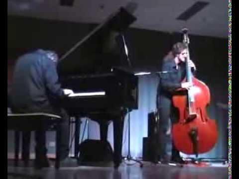 Autumn Leaves Dino Massa trio feat John Abercrombie