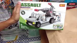 Cu lỳ mua nhiều đồ chơi xếp khắp nhà luôn siêu nhân robot,xe tăng, lego , máy bay,xe lửa,doremon