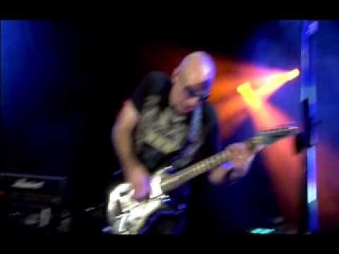 Larry DiMarzio's conversation with Joe Satriani NAMM 2008