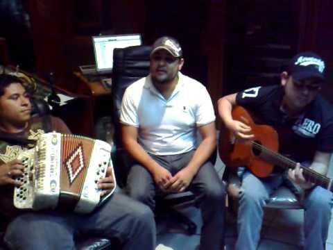 Jorge Santa Cruz Y Grupo Cartel - Gerencia MZ (Mayito Gordo), El Quinto Elemento (Chino Antrax)