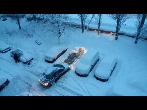 Вот такое снежное утро в Самаре. Машины застревают. 6 января 2017 г.