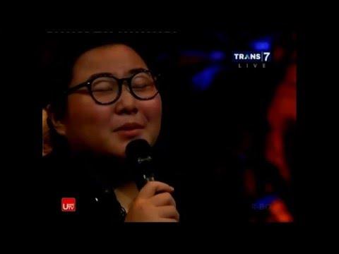 Download Hello - Adele Yuka Tamada acoustic cover @Hitam Putih Mp4 baru