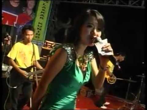 Pria Idaman - Rena Kdi video