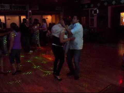 Angie y Che Bailando Bachata Video