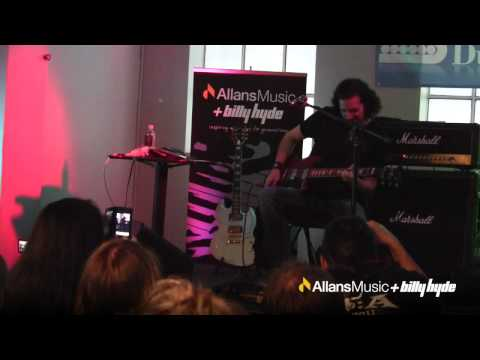 Bruce Kulick - Revenge Clinic @ Allans Billy Hyde 2012