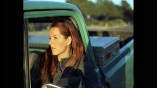 Watch Neko Case Hold On, Hold On video