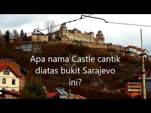 Melihat dari dekat kastil indah Jajce military barrack di bukit Sarajevo