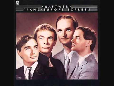 Kraftwerk - Hall Of Mirrors