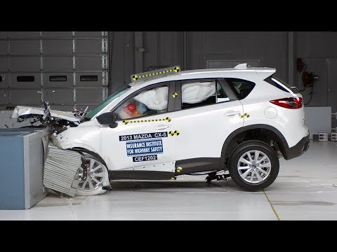 Iihs 2015 honda cr v small overlap crash test good for Iihs honda crv