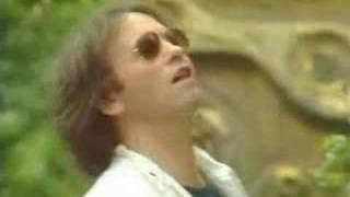 Watch 10cc Feel The Love Oomachasaooma video