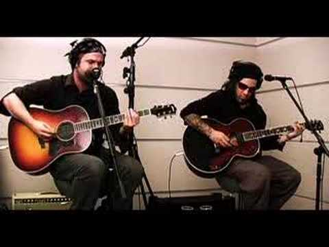 Hurt - Falls Appart (Live Acoustic)