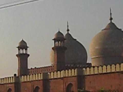 Badshahi Mosque Side view Outside 28 Nov 2008 Lahore Pakistan