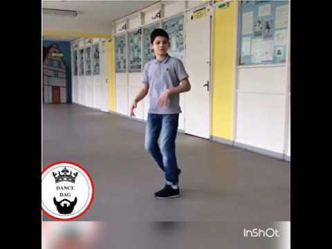 Пацан красиво танцует Шафл....!!!!!!