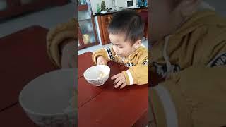 Bí bo ăn bánh mỳ chiên