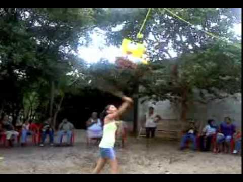 la piñata rota 5 (version hay se me salen las bubis)