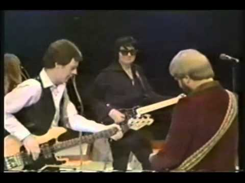 Roy Orbison - Move on Down the Line