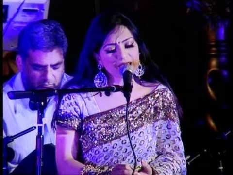 Aishvarrya sings Naino Mein Badra Chaye
