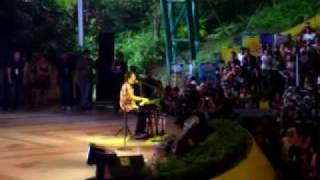 David Archuleta in Sunway Lagoon Theme Park on 110409, Angels