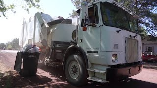 Arizona Garbage Trucks (Part 1)