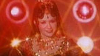 Agent Vinod - Loveleena Aa Gaya Main - Sexy Cabaret Number by Helen - Agent Vinod