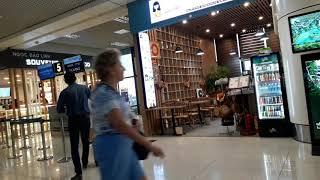 Phòng chờ dành cho khách quốc nội .Tại Sân bay quốc tế Nội Bài