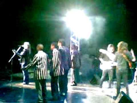 Afrikaners is plesierig karen zoid band grey fest bloem for Small room karen zoid chords
