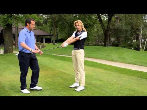 Impara a giocare a GOLF con Federica Fontana