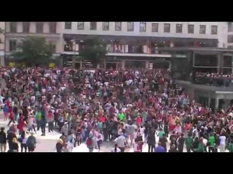 [OFFICIAL] Flash Mob Michael Jackson Dance Tribute - STOCKHOLM