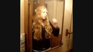Watch Melissa ONeil Let It Go video