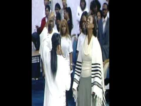 Juanita Bynum prophesying/ Emmanuelle Duncan-Williams 2 Music Videos