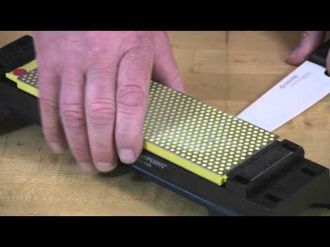 Video of 8-inch DuoSharp® Bench Stone Extra-Fine / Fine Sharpening Ceramic Knife