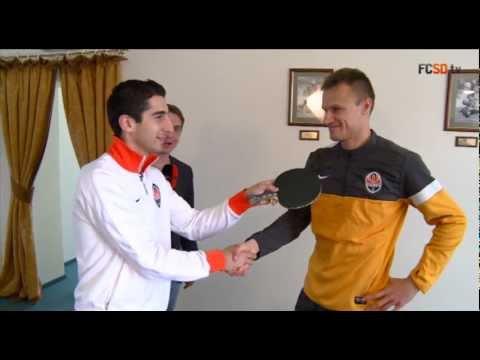 Чем занимаются игроки Шахтера в свободное время? Mkhitaryan vs Shevchuk: tennis battle