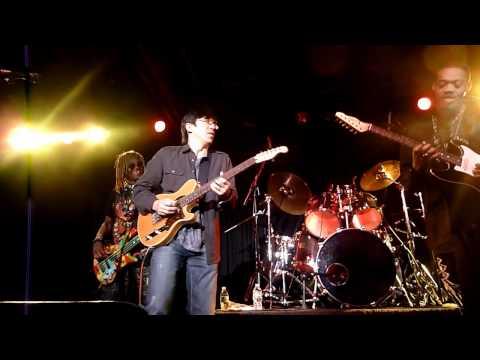 Eric Gales and Tomo Fujita, Little Wing Jam