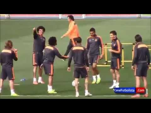 Pepe Nutmegs Marcelo TWICE - Increible doble caño de Pepe a Marcelo - 2x بيبي يخرم مارسيلو كوبري