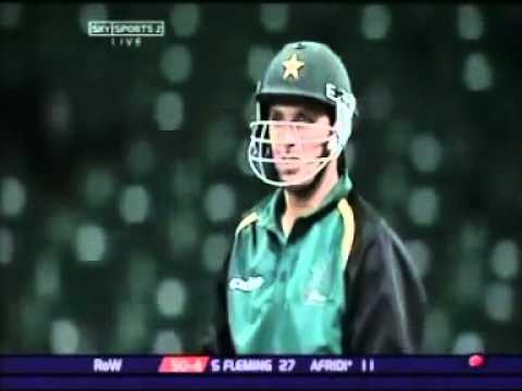 Shahid Afridi Hitting 8 Runs in One Ball Bigest Six