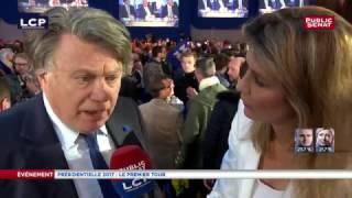 """""""Réaction de joie"""" pour Gilbert Collard au QG de Marine Le Pen"""