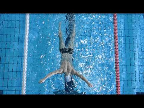 Как научиться чувствовать воду | Школа плавания #3
