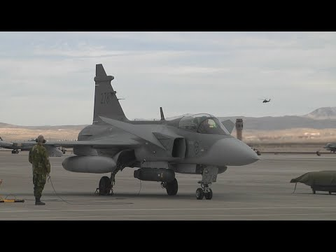 Swedish J-39 Gripen Fighters (HD)