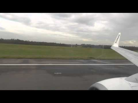 Ryanair Boeing 737 takeoff from London Stansted Airport