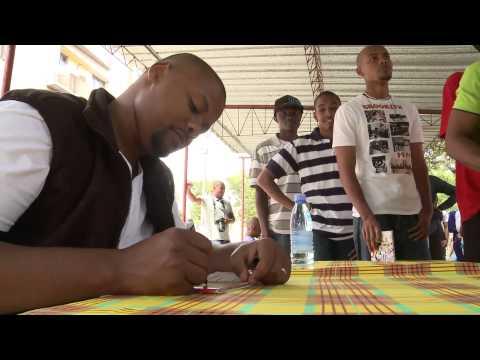 Azagaia: Making Of Clip homem Bomba & Lançamento Cubaliwa video