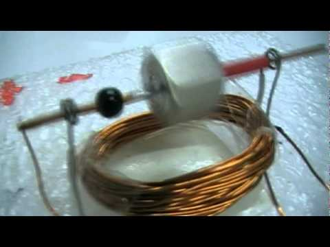 Simple electric motor for kids youtube for Simple electric motor science project