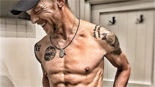 Download Song Simon Pegg's Insane Body Transformation For A Role Free StafaMp3